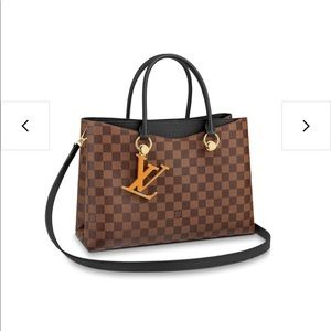Louis Vuitton Riverside tote black